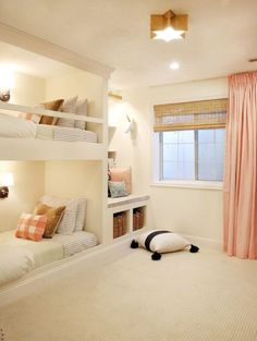 Nice 52 Cozy Teenage Girls Bedroom Ideas with Lights. More at https://trendecor.co/2017/09/16/52-cozy-teenage-girls-bedroom-ideas-lights/