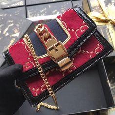 Gucci Sylvie GG Velvet Mini Chain Bag 494646 Red 2018 Pink Gucci Purse, Gucci Purses, Chanel Boy Bag, Gucci Bags, Gucci Handbags Sale, Burberry Handbags, Gucci Sylvie, White Leather Handbags, Wallet Chain