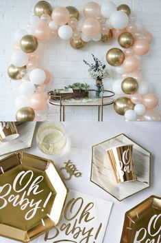 Rose Gold Baby Shower Themes - OH BABY SHOWER! Plus mint! Host an Oh Baby shower! Our party makes a perfect gender neutral baby shower and has everything from decorations to thank you notes. Let's party! Shop now! Boho Baby Shower, Baby Shower Unique, Baby Shower Roses, Baby Girl Shower Themes, Gender Neutral Baby Shower, Baby Boy Shower, Baby Girl Babyshower Themes, Girl Baby Shower Cakes, Baby Shower Decorations Neutral