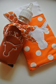 Texas Longhorns Baby Bottle Swaddle Gift Set