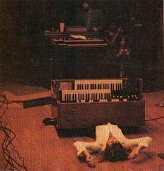 Keith Emerson onstage