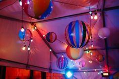 Beach party, beach balls, festoons...photo - Hails and Shine