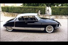 Citroen DS19 1955, A wonderful French car.... Beautiful.. a classic addition!