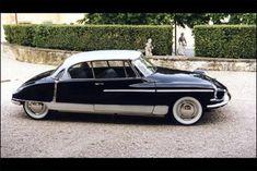 Citroen DS19 1955, A wonderful French car.... Beautiful.. a classic addition!