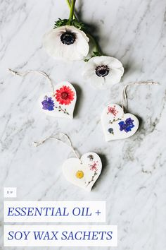 Celebrate #ValentinesDay by treating yourself or the person you love to a beautiful, flower-filled wax sachet scented with #lavender. Get the full #DIY at Jojotastic.com.