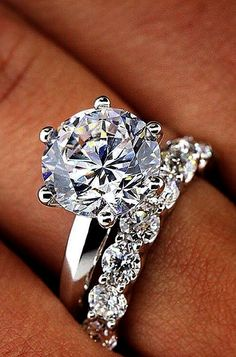 I want a band like this as the proposal ring....... Utterly Gorgeous Engagement Ring Ideas See more: #weddings