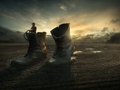 Erik Johansson is a surreal photographer and retoucher from Sweden. He also happens to be one of our favorite digital artists due to his incredible creativity mixing photography to create beautiful and mind-boggling compositions.