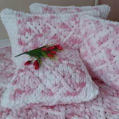 Baby Blanket Crochet, Crochet Baby, Bed Pillows, Plush Blankets, Knitting, Handmade, Color, Accessories, Threading