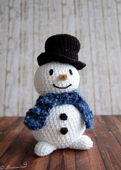 Anleitung kostenlos Schneemann häkeln You are in the right place about sitricken anfang Here we offe Crochet Snowman, Christmas Crochet Patterns, Holiday Crochet, Christmas Knitting, Crochet Toys, Free Crochet, Crochet Baby, Crochet Gratis, Crochet Animals