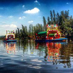 Una foto mas de las trajineras. Xochimilco D.F.