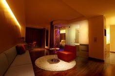 The Lit Bangkok Hotel - Full Spectrum Suite http://www.boutiquebangkok.com/bangkok/lit-bangkok-hotel