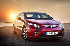 Electric cars 'as safe as petrol or diesel' | Perrys Car Industry News 11-2012