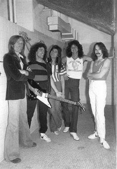 Look at (barefoot? Clint Eastwood, Rock N Roll Music, Rock And Roll, Beatles, Gregg Rolie, Steven Ray, Journey Band, Neal Schon, Journey Steve Perry