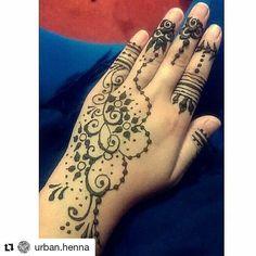 #follow@hennafamily #hennafamily #Repost @urban.henna  EidHennaaaa #eiduladha2k16  Sorry bout the wierd hand   Have a blessed eid tho X  #urbanhenna #henna #art #mehndi #mehendi #hennaart #hennaartist #hennaartistry #mehdiartist #quotes #calligraphy #calligraphic #quotecanvas #canvas #candle #notebook #quotebook