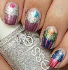 Cupcake nails International kage dekorations dag #cupcakenails #nailart #cupcakes #nailpolish #neglelak