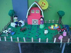 Farm Projects, Play Table, School Play, Science Fair, Animal House, Shoe Box, Farm Animals, Diorama, Kids Playing