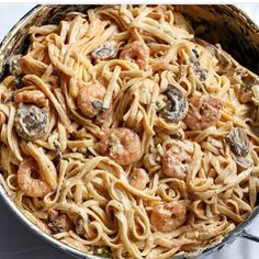 """Creamy prawn and mushroom linguine. Low in fats but full in flavor. ""#recipe@cafedelites #health #fitness #fit #fitnessmodel #fitnessaddict #fitspo #workout #bodybuilding #cardio #gym #train #training #photooftheday #health #healthy #instahealth #healthychoices #active #strong #motivation #instagood #determination #lifestyle #diet #getfit #cleaneating #eatclean #exercise"