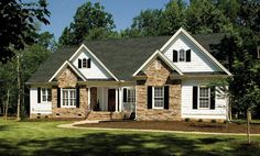 This week we're featuring two popular one story home plans with open living spaces and split bedroom layouts. Over and Under 2500 sq. ft. See them on the House Plans Blog http://houseplansblog.dongardner.com/plan-of-the-week-one-story-home-designs/ #Floorplan #homedesign #ranch