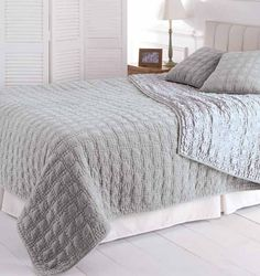 Matching Bedding And Curtains Grey Bed Covers, Cover Gray, Duvet Covers, Yellow Bedding, Grey Bedding, Bedding Sets, Luxury Bedspreads, Matching Bedding And Curtains, Quilted Bedspreads