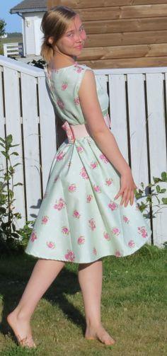 50-talls inspirert kjole - eget design