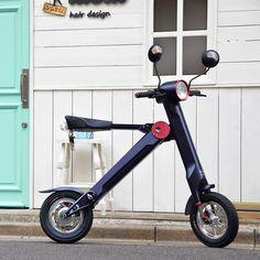 100%電気エネルギーを動力とした、 超小型&超軽量のモバイルeバイク「UPQ BIKE me01」