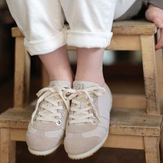 SALE nutsllyスニーカーが本日8/28(fri)-9/3(thu)までの期間 3050OFFでお買い求めいただけます!(一部商品除く) ぜひこの機会にショッピングをお楽しみください #nutslly #sneakers #shoes #love #sale #fashion #ナッツリー #スニーカー #シューズ