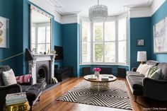 Love period homes? Well you're in luck - enter our latest My Houzz, a Victorian home that's been beautifully brought to life. Jewel-coloured walls, bold artwork, patterned tiles and cosy textures all work together to give this home some eclectic oomph! If you missed it in #TheMetro this morning, head on over to the link in our bio and get swept into a London's own little wonderland shot by @snookphotograph ⬆ #houzzuk #interiors #myhouzz #eclectic #victorian #periodhome #renovation