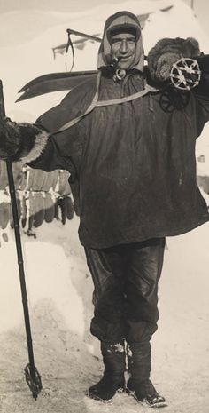 Tom Crean in full Polar gear in 1911. Find out more on Ireland Calling