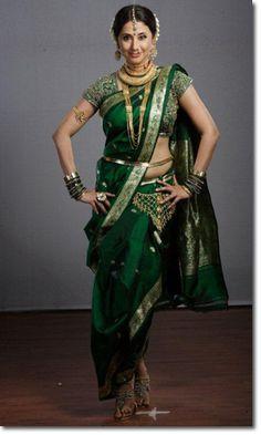 Saree Draping in Marathi Style / Maharashtrian Style