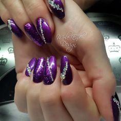 My Christmas nails. Have a merry Christmas and Happy New Year #purplenails #blingnails #xmasnails @scratchmagazine #brillbird #nails #nailsoftheday #nailart #showscratch #scratchmagazine #notd #nailsofinsta #naildesign #naildesigns #shaftesburynails #dorsetnails #gillinghamnails #moleenddesign