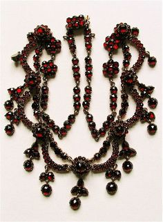 "Vintage Silver Bohemian Garnet Necklace c.1910 - Edwardian period.  ""GARNET - The stone of love and devotion."""