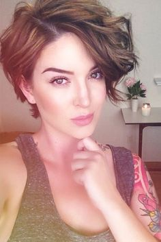 Stylish Short Haircuts for Women ★ See more: http://glaminati.com/stylish-short-haircuts-for-women/