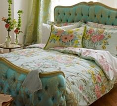 French Floral Bed