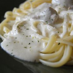 Olive Garden Fettuccine Alfredo Recipe-low carb with Shiritaki noodles