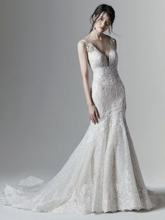 Style #Logan Sample available at Ellynne Bridal (Lincoln, Nebraska) for National Bridal Sale: July 17th - July 24th 2021. Visit our website or call to book an appointment: (402)-489-7770 Best Wedding Dresses, Perfect Wedding Dress, Bridal Dresses, Prom Dresses, Wedding Themes, Wedding Attire, Wedding Photos, Sottero And Midgley Wedding Dresses, Sottero Midgley