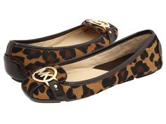 Love the cheetah print and of course Michael Kors flats!!