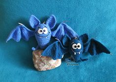 http://www.ravelry.com/patterns/library/funny-bat