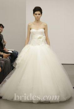 Brides: Vera Wang - Fall 2013 | Bridal Runway Shows | Wedding Dresses and Style | Brides.com