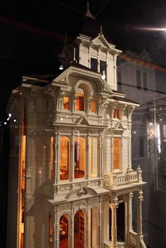 Russian Consulate, Jim Marcus: Miniature Museum of Taiwan. This is my absolute favorite San Francisco Victorian since I first saw it 20 years ago. I covet this Jim Marcus  erosion of it in miniature...but it's waaaay out of my price range!! I always planned to build one myself.