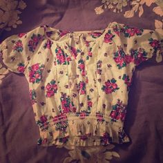 Floral top Floral forever 21 top Tops
