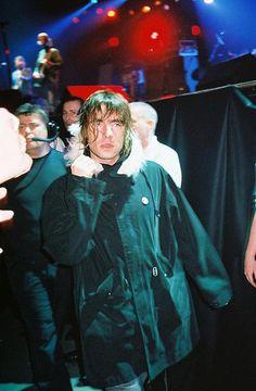 Oasis @ Birmingham NIA 19th dec. 2002