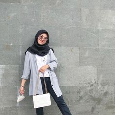 Casual Hijab Outfit, Ootd Hijab, Girl Hijab, Casual Outfits, Hijab Fashion, Korean Fashion, Fashion Outfits, Hijab Prom Dress, Outfit Of The Day