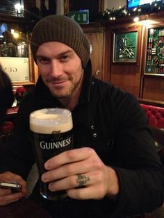 Jessie Pavelka having a Guinness