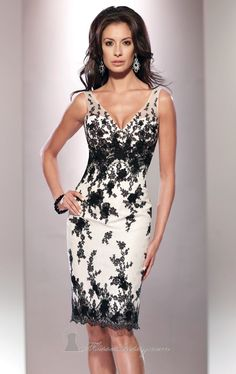 Have that stunning look with Social Occasions by Mon Cheri 114815. A slim fit cocktail dress in lace, taffeta and soft tulle. The sleeveless bodice features a v neckline and a deep v shape back. Matching shawl with lace trim included.
