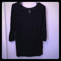 Black loose tunic type shirt Black tunic type shirt. Rayon. Thigh length 3/4 sleeve Mossimo Supply Co Tops Tunics