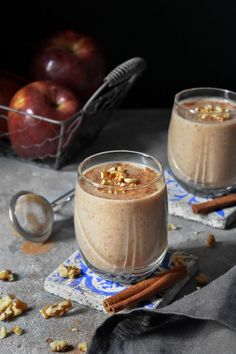 Ζεστό Smoothie με μήλο – Let's Treat Ourselves Apple Smoothies, Healthy Smoothies, Healthy Snacks, Healthy Eating, Greek Desserts, Vegetarian Recipes, Healthy Recipes, Banana Cupcakes, Afternoon Tea