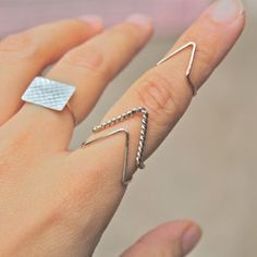 Simple Fashion V-Shaped Ring