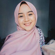 Ootd Hijab, Hijab Chic, Hijab Outfit, Muslim Girls, Muslim Women, Muslim Fashion, Hijab Fashion, Muslim Beauty, Favim