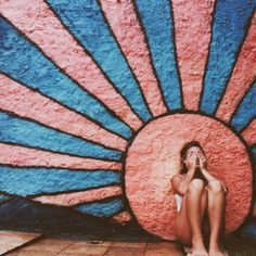 MIMITIKA // summer inspiration :: where is the sun :: girl : street art // Into The Wild, Good Vibe, Mellow Yellow, Belle Photo, Pretty Pictures, Artsy Fartsy, Les Oeuvres, Summer Vibes, Graffiti