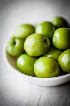 The Essence - Olives. Apple Art, Red Apple, Olives, Ancient Recipes, Fall Dishes, Fresh Fruits And Vegetables, Granny Smith, Olive Tree, Mediterranean Style